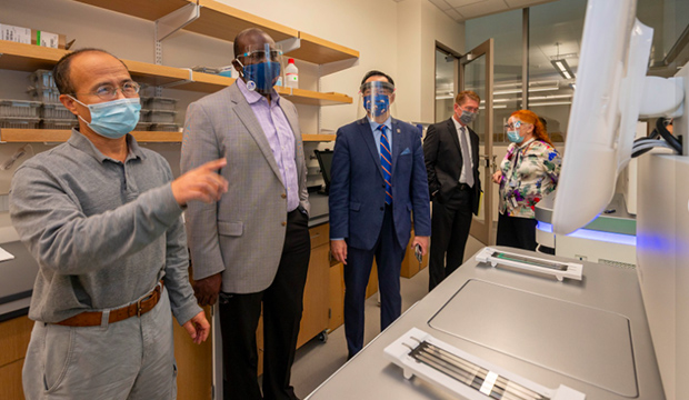 University of Texas System Executive Vice Chancellor for Academic Affairs Archie Holmes Jr., second from left, visited the UT Arlington campus on Oct. 27.