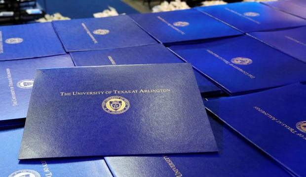 UTA diploma covers