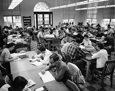 Arlington State Students studying 1965