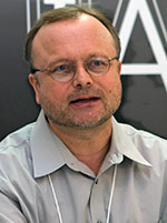 Dr. Manfred Cuntz