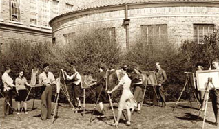 Photo of outdoor painting class
