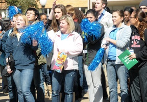 UT Arlington homecoming pep rally
