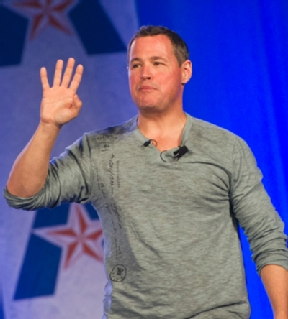 a profile on jeff corwin Jeff corwin on the mysteries of giant freshwater stingrays as he stands in the water with one which 800lb.